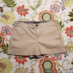 NWOT Banana Republic Hampton Fit Khaki Shorts